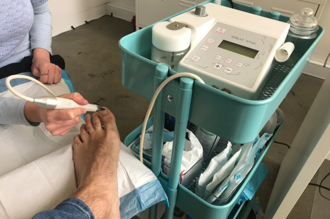 The clinician will then clean, trim and electronically file your nails to best prepare your nails for cold laser treatment